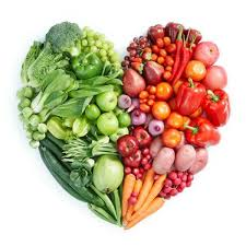 healthy living vegetables in the shape of a heart